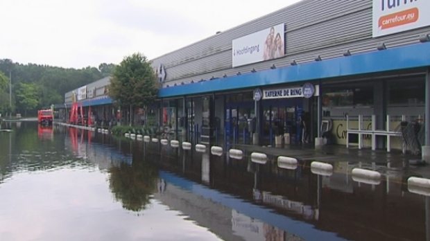 Turnhout likt wonden na felle regen rtv for Staalbouw weelde