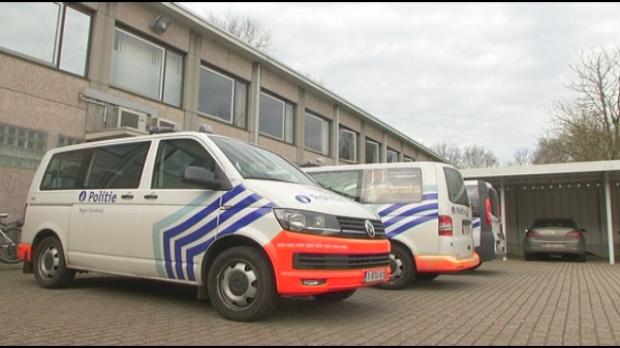 Politie Turnhout stuurt extra patrouilles op pad voor corona-controle | RTV