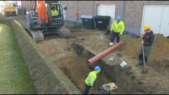 10-tal skeletten gevonden bij werken in Rijmenam