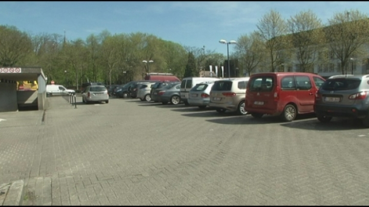 Parkeergarage om parkeerproblemen op te lossen
