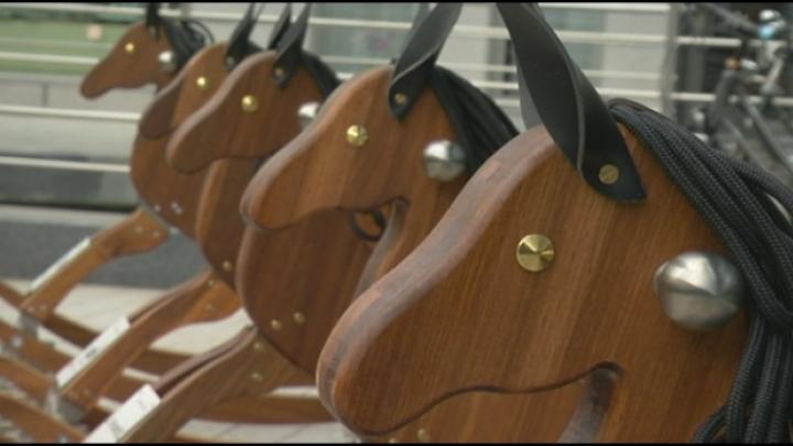 10 schommelpaarden sieren Mechelse binnenstad