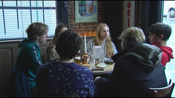 Hoe makkelijk komen -16 jarigen aan alcohol in Heist?