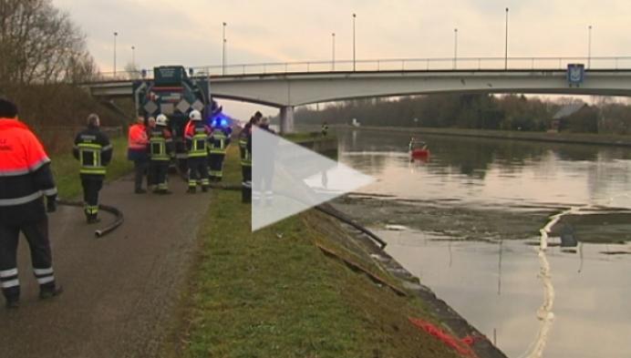 Moeilijkheden met opruimen brandstofvervuiling op kanaal Dessel-Kwaadmechelen