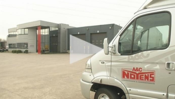 Noyens levert mobiel trailerparcours voor trialbiker Belaey