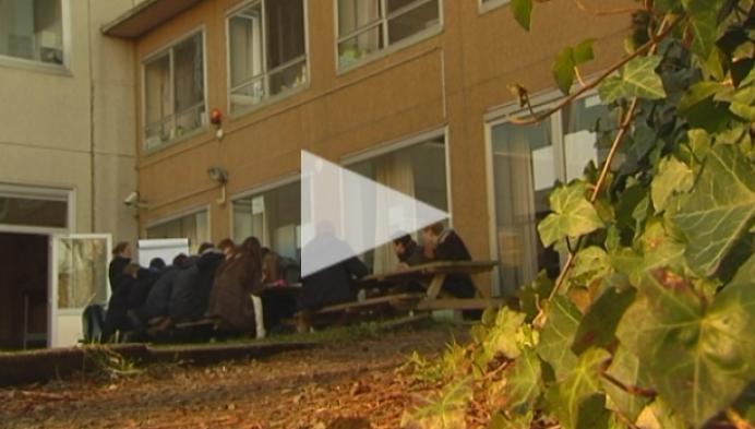 Leerlingen Sint-Aloysiusinstituut Lier volgen buiten les