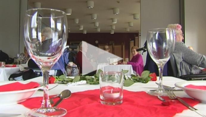 Valentijnsdiner voor bewoners Woonzorgcentrum De Wending