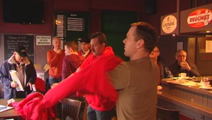 In het spoor van fanclub Stig Broeckx tijdens Omloop het Nieuwsblad