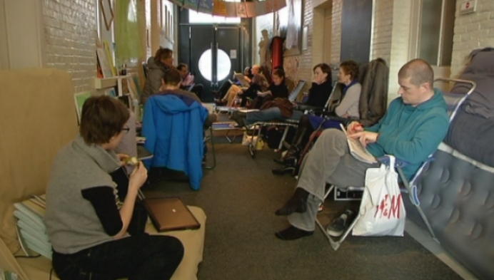 Lierse ouders kamperen voor Sint-Gummaruscollege