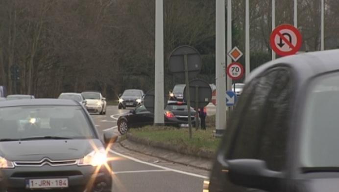 Automobilisten negeren keerverbod aan E 34