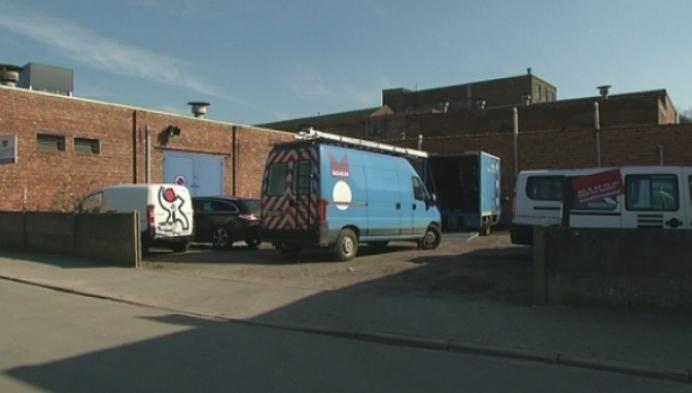 Arbeiders begonnen met beveiliging ingestorte fabriek