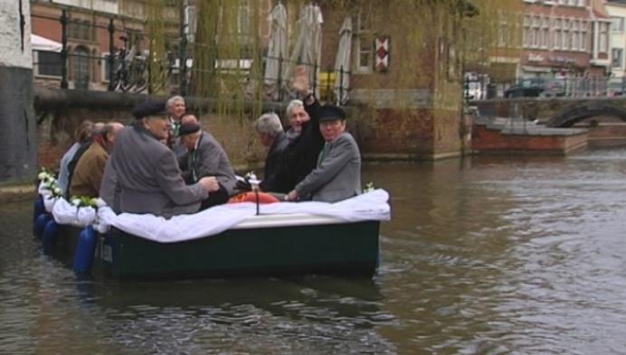 Moedige Bootvissers in Lier moeten vaarbrevet halen