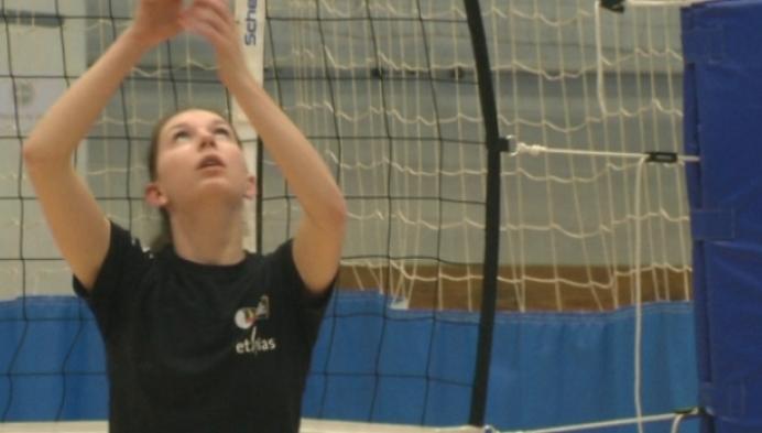 Britt Ruysschaert in volleybalteam op Europese Spelen