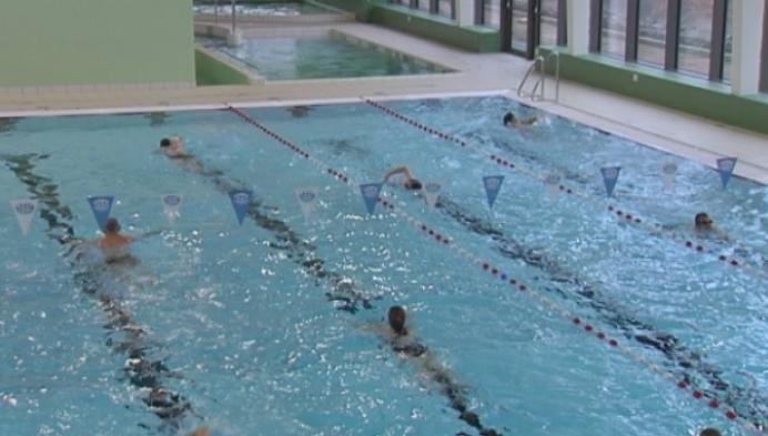 Ochtendzwemmers ijveren voor vroege openingsuren