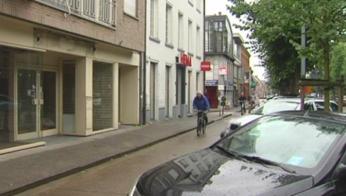 Hoogstraten en Unizo willen winkels in centrum houden