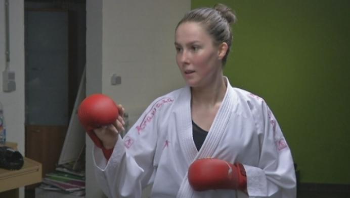 Sofie De Vos op eigen kosten naar WK karate
