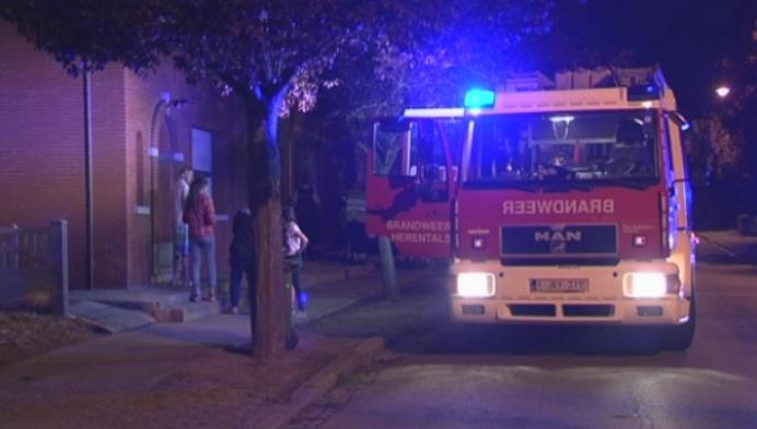 Brandbom tegen huis in Herentals