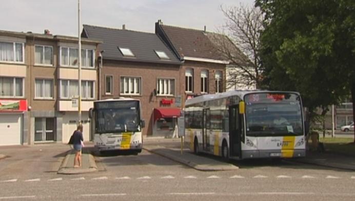 De Lijn bestelt bussen bij Van Hool