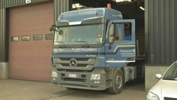 Gestolen vrachtwagen snel teruggevonden