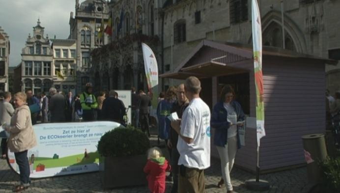 Mechelen bewaart boodschappen zaterdagmarkt