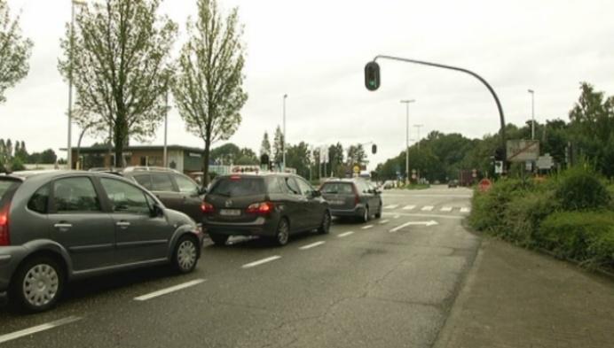 Discussie over reclame rond verkeerslichten