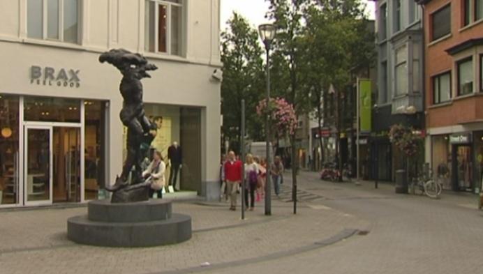 Tom Versmissen van N-VA vreest dat de Gasthuisstraat in Turnhout leegloopt