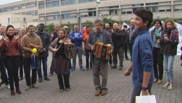 Turnhoutenaren geven vluchtelingen warm welkom