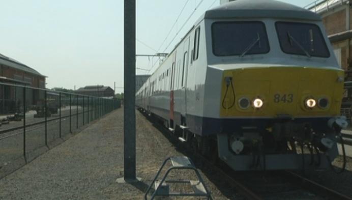 Nog tot april wachten op vernieuwde treinen Turnhout-Brussel