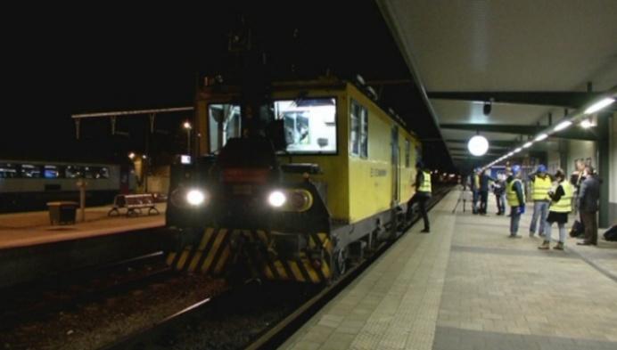 Laatste testrit elektrificatie spoorlijn Mol-Herentals