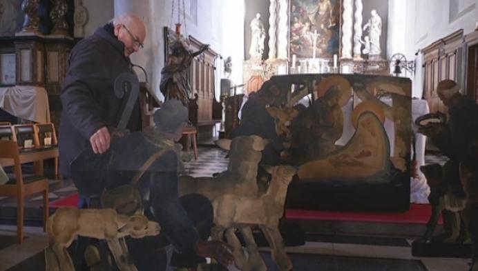 75 jaar oude kerstbeelden van Jan Huet gerestaureerd