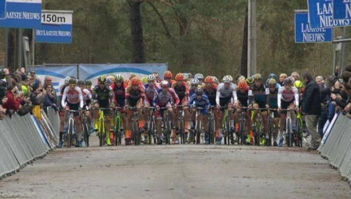 Wout Van Aert wint Zilvermeercross in Mol