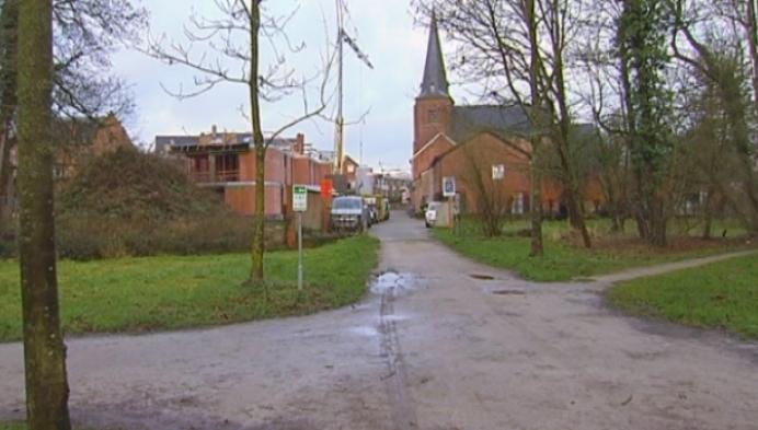 Beeld aan kapelletje aan het Riet in Westerlo vernield
