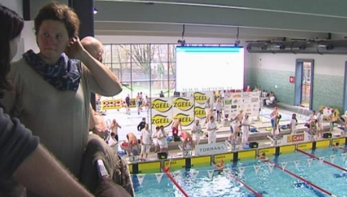 Thomas Thijs en Charissa Jochems bereiden zich voor op Vlaams zwemkampioenschap