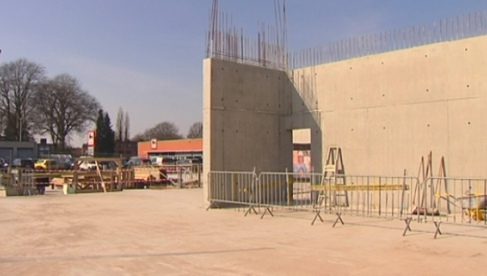 Eerste steenlegging van Kastelse ontmoetingscentrum