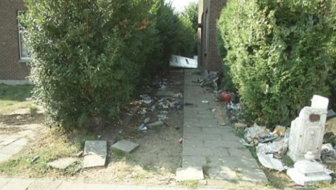 Turnhoutse buurt klaagt over vervuilde woning