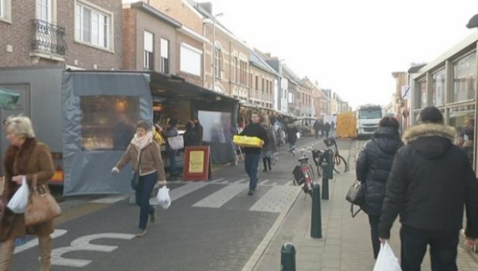 Marktkramers trotseren winterkou in Berlaar