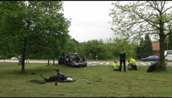 Ongeval met ambulance: patiënt overleden