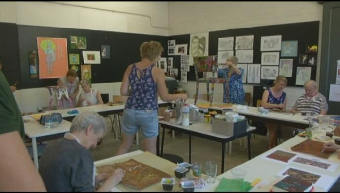 Mensen met dementie maken kunst