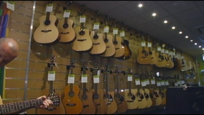 Laatste akkoord voor laatste gitaarwinkel