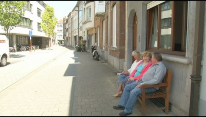 """Voorstel in Mechelen: """"Maak van elke stoep een voortuin"""""""