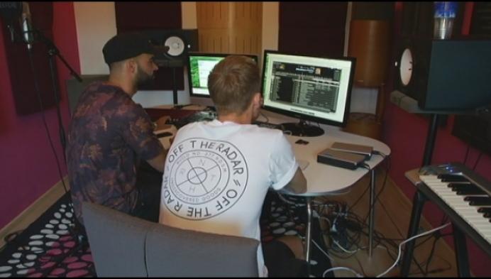 Nijlens DJ-duo Double Pleasure op Tomorrowland