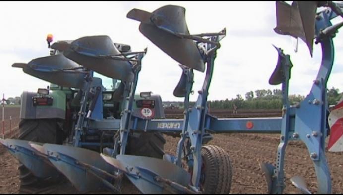 Boeren strijden voor provinciale titel ploegen