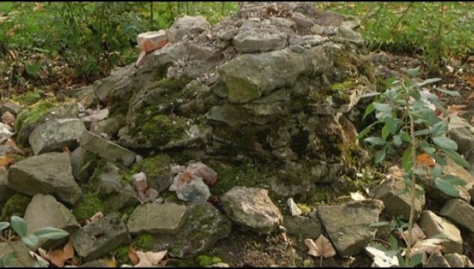 Waar is bekend standbeeld uit Mechelse Kruidtuin?