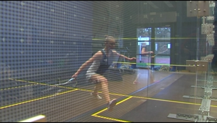 Tinne Gilis blaast tegenstand weg op Vlaams Kampioenschap Squash
