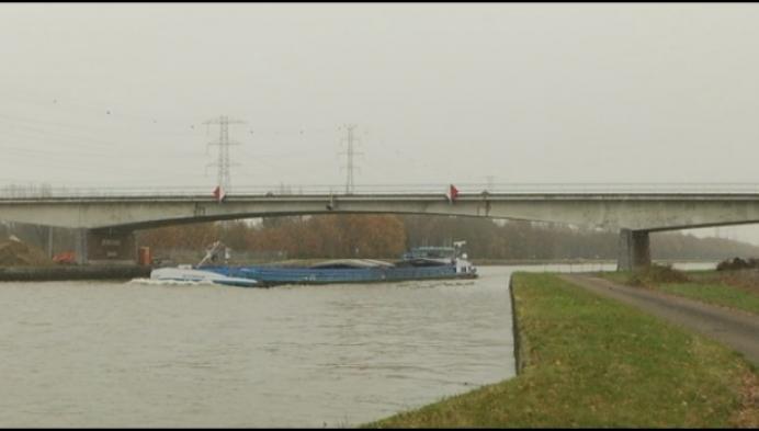 Bruggen over Albertkanaal worden vervangen