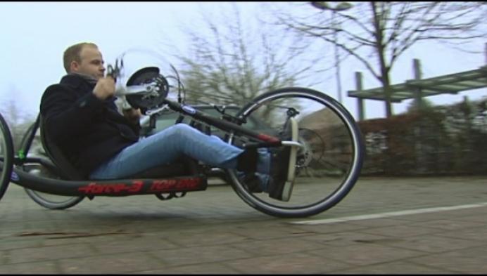 Nieuwe handbike voor Michaël Meulenbergs tijdens Warmste Week