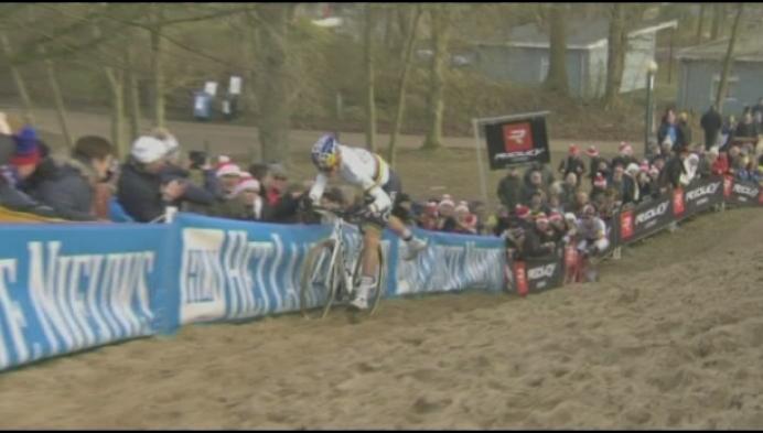 Wout Van Aert opnieuw Belgisch kampioen, Kempen kleurt top-5