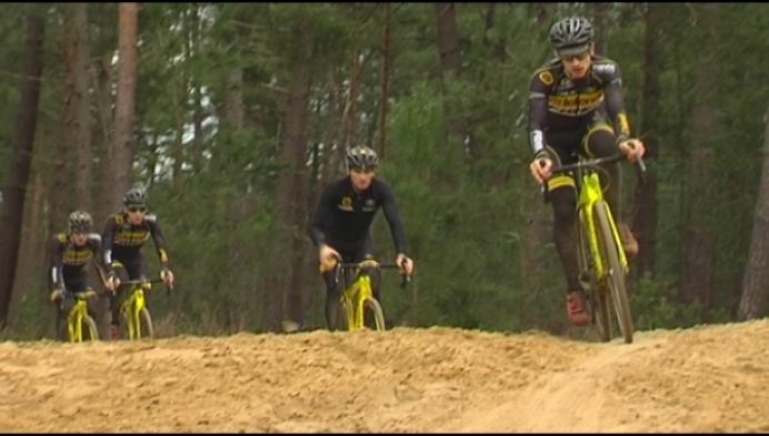 Cyclocrossers allemaal naar Floreal in Lichtaart