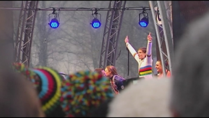 Sanne Cant wordt in Valkenburg 2de keer op rij wereldkampioene