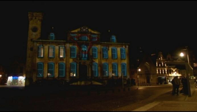Gemengde reacties over lichtprojectie op stadhuis van Lier