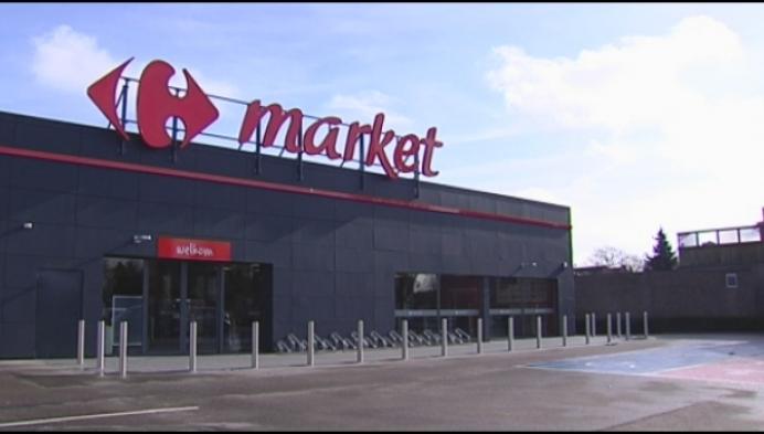 Sigaretten gestolen bij inbraak in Carrefour Lille